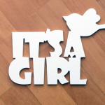 Пластиковая интерьерная надпись It's a girl