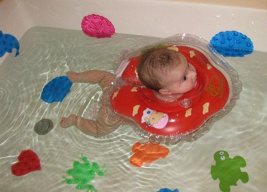 Плавание в большой ванне1